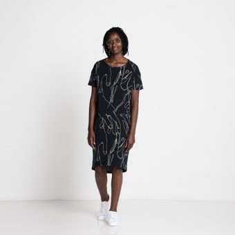 Vimma T-shirt dress ONNI Shake black Onesize - black, Onesize, ONNI, Shake, t-shirt-dress