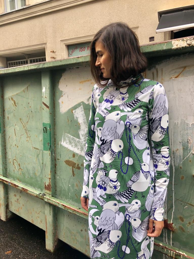 2915046752 Polo neck dress   Lentoon lähdössä - green S-M - Vimma Company OY