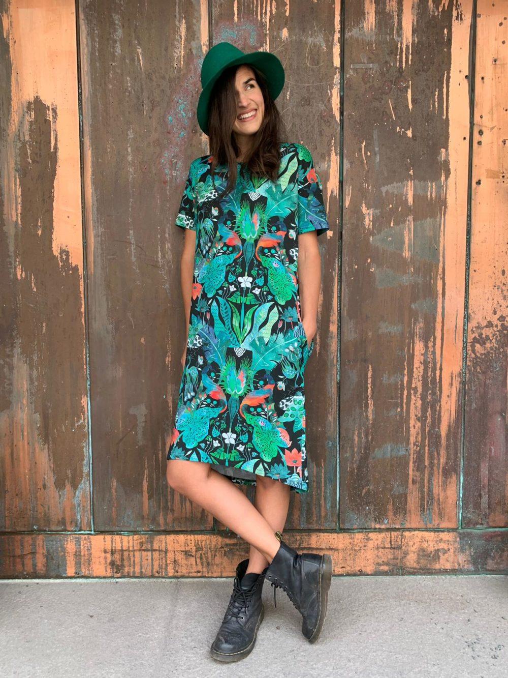 Vimma T-shirt dress ONNI Jungle green-colourful Onesize - green-colourful, Jungle, Onesize, ONNI, t-shirt-dress