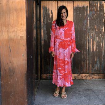 Vimma UUTTA Frilla dress TUUVA Maailma muovautuu pink XS-L - Maailma muovautuu, pink, TUUVA, UUTTA Frilla dress, XS-L