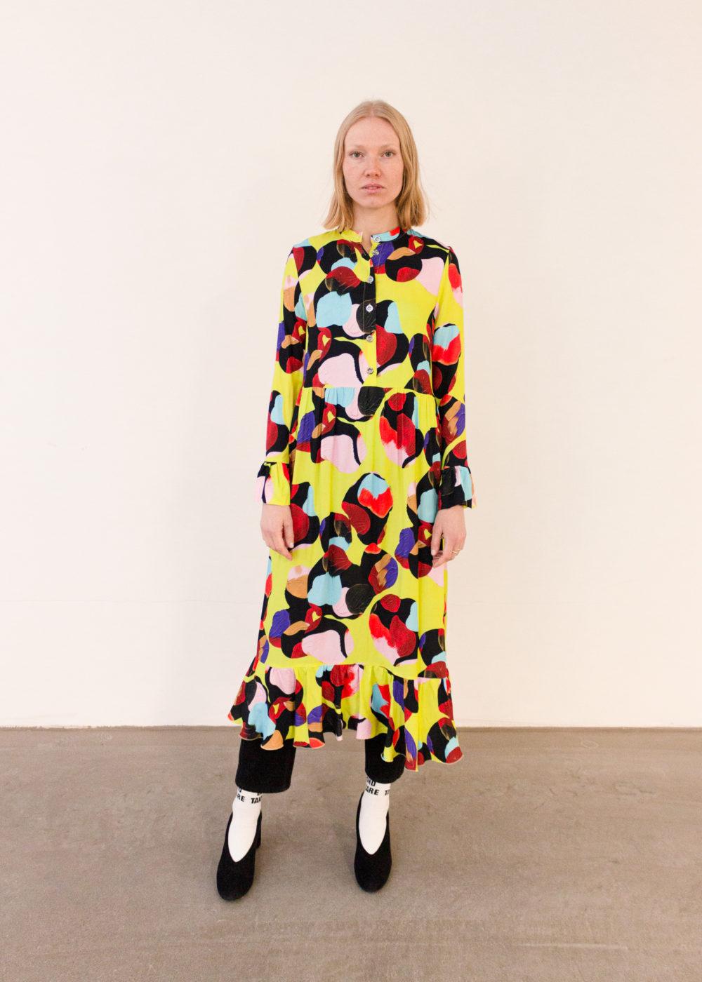 Vimma Frilla Dress TUUVA aamu värikäs S-L - aamu, Frilla Dress, S-L, TUUVA, värikäs
